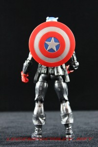 Return of Marvel Legends Wave 2 Heroic Age Captain America 010